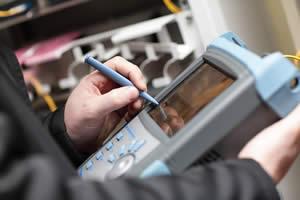 APLITOP dispone de un personal altamente especializado y una tecnología propia que permite acometer proyectos de gran complejidad técnica con rigor y eficiencia